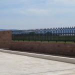 クラシックな風合いのレンガ塀 施工中