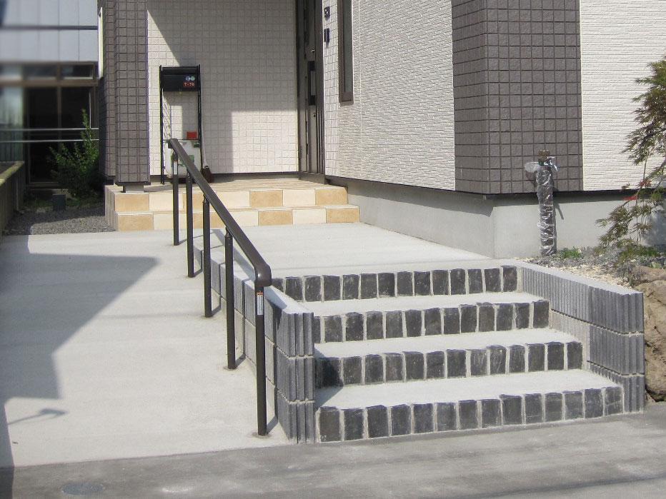 階段スロープ・手すり