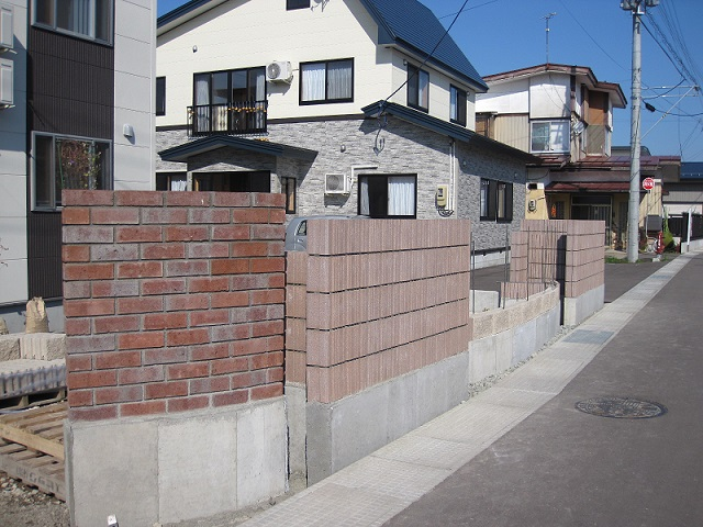 バイオメタル T様邸塀工事